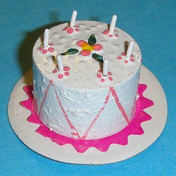Gâteau d'anniversaire rose – RO1415A
